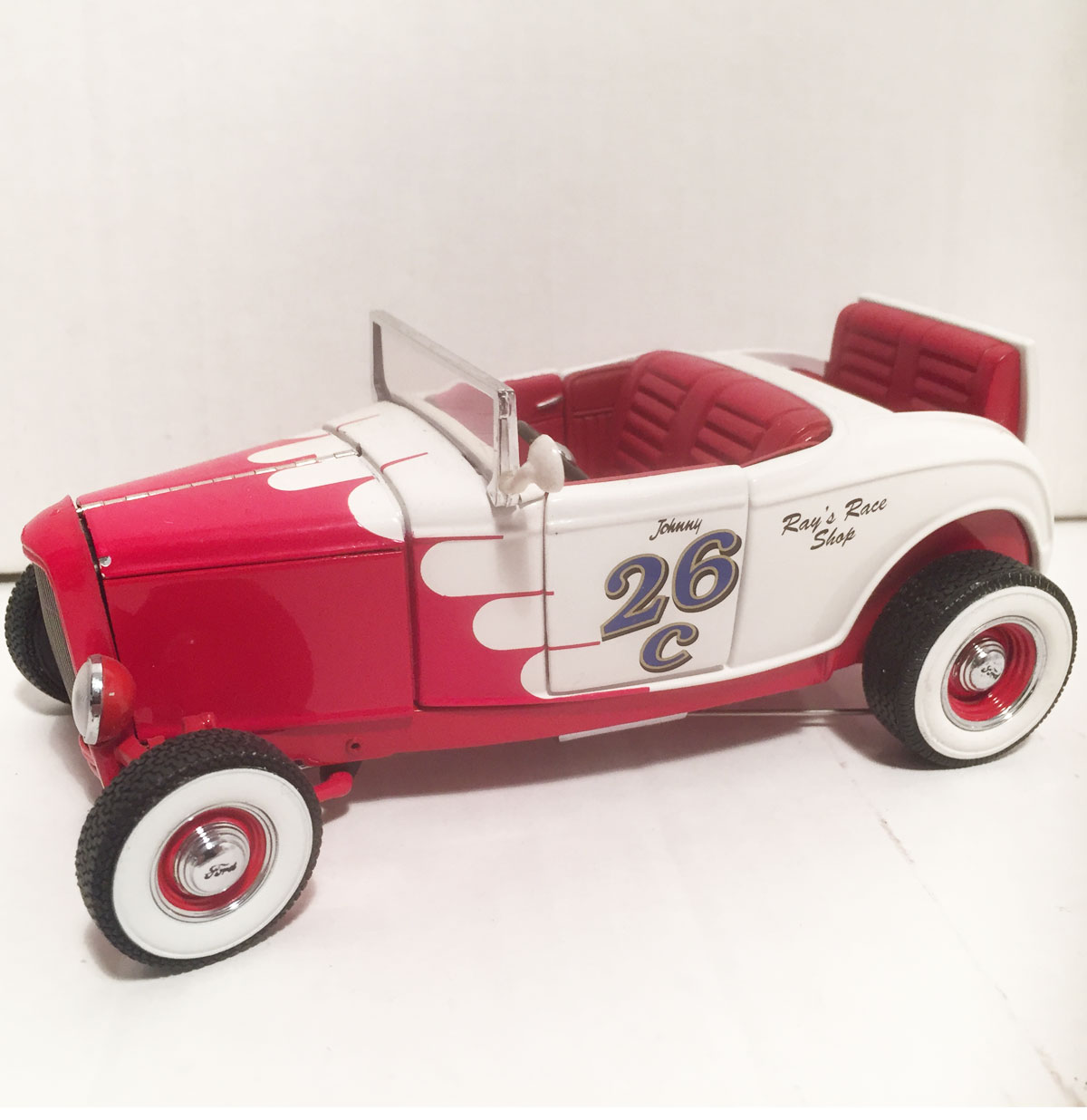 1932 Ford Roadster 1:24 by Franklin Mint