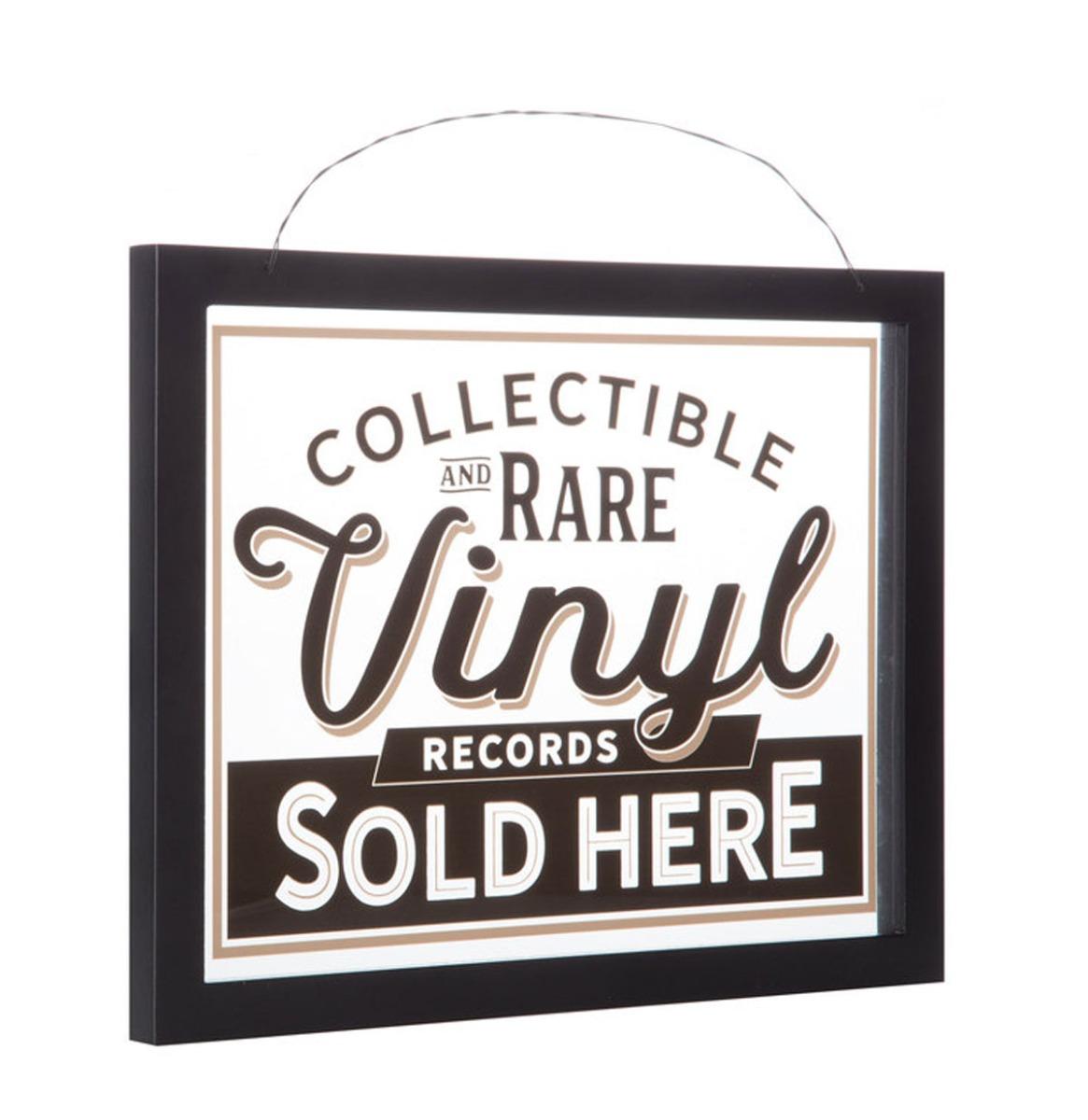 Collectible & Rare Vinyl Raam of Wand Decor