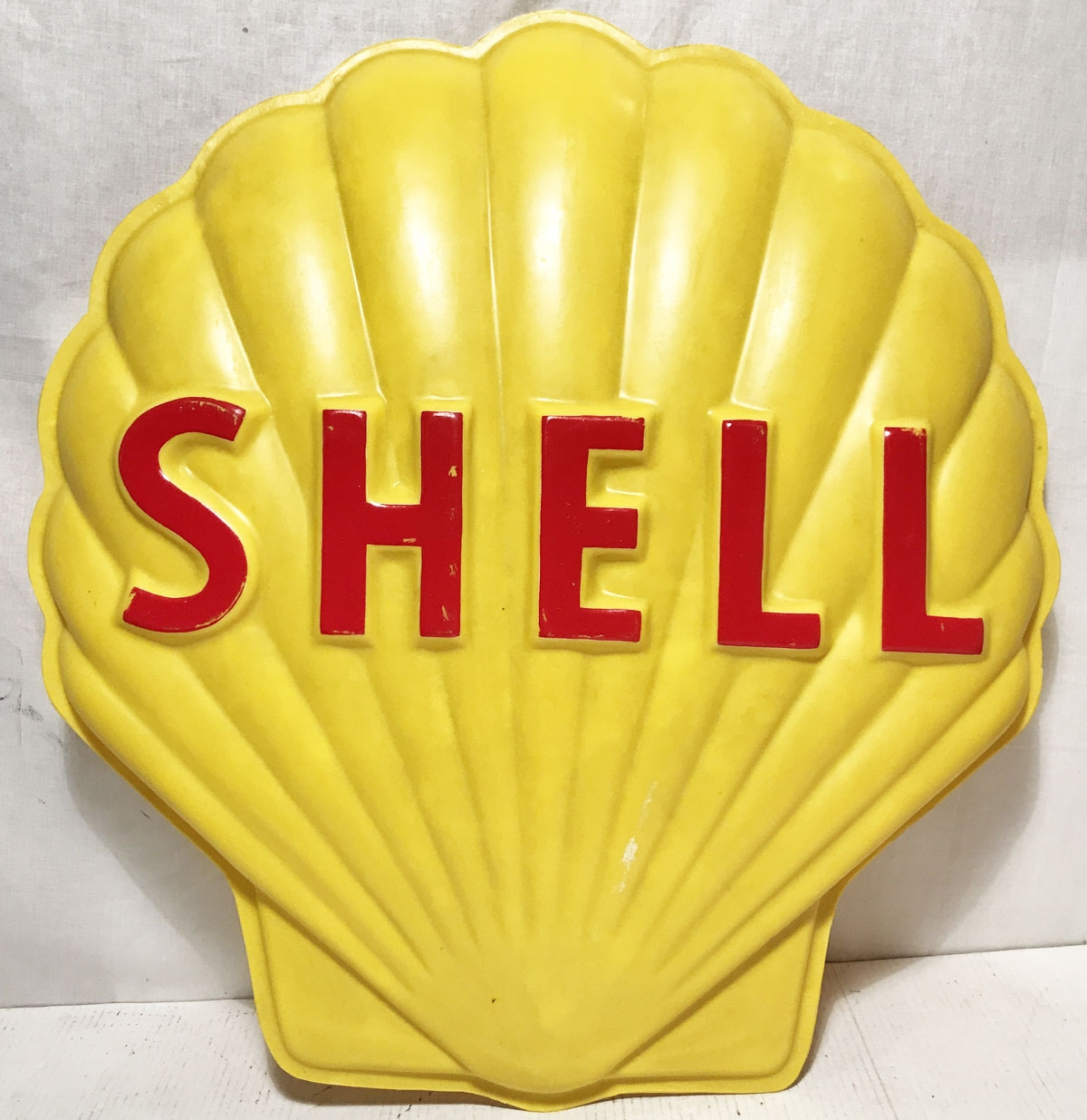 Shell Fiberglass Sign 77 x 72 cm